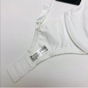 Wacoal Intimates & Sleepwear - Wacoal Body Bu Wacoal Underwire White Bra Seamless